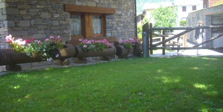 Villa La Saxe esterne e vista (13)