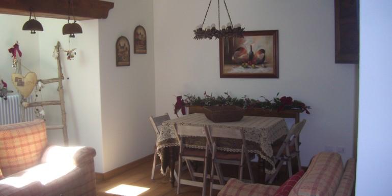 villa la saxe ambienti e camere piano sottostante (27)
