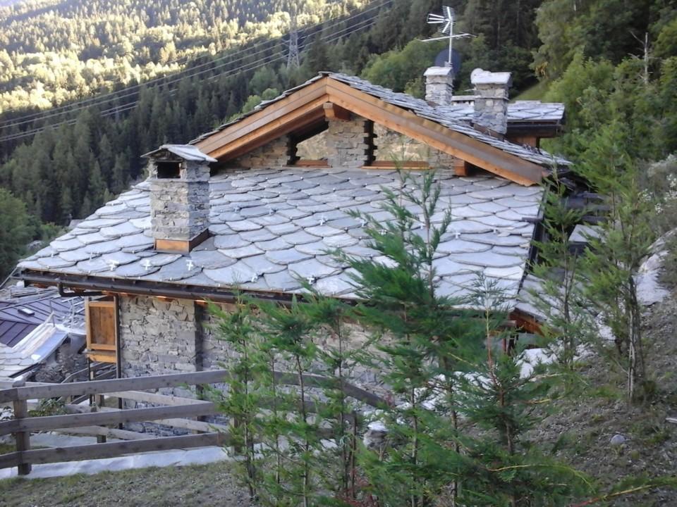 Caratteristici e panoramici alloggi in borgo montano