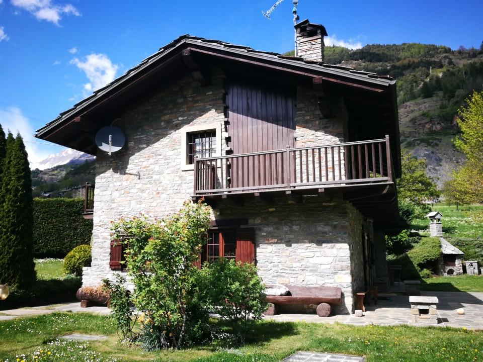 Splendida Villa ai piedi del Monte Bianco