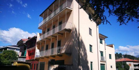 Luminoso e confortevole appartamento a due passi dai servizi