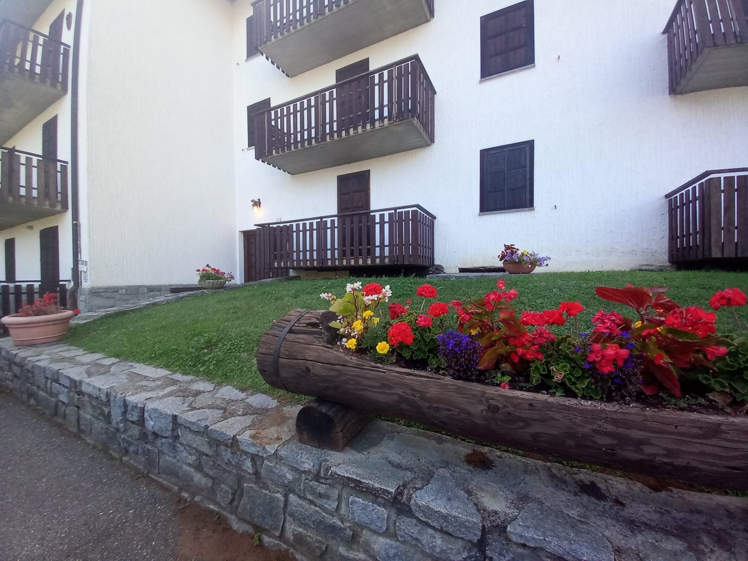 Nel cuore di borgo collinare confortevole bilocale con balcone